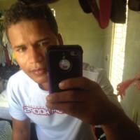 misael04's photo
