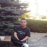 alfredgenesis's photo