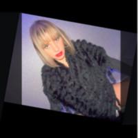 Ariana777's photo