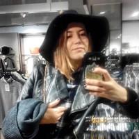 com4purekisses's photo