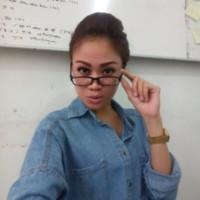 Dhini's photo
