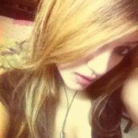 nazeea's photo