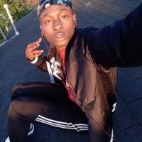 Tyrell's photo