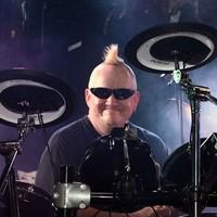 DrummerResist63 's photo