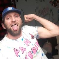 DJ 's photo