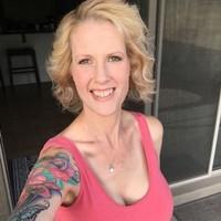 Cathy 's photo
