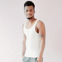 Olu's photo