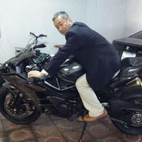 Moto880's photo