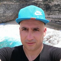 Tarek 's photo