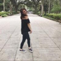 Elisa 's photo