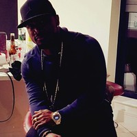 Kenny 's photo