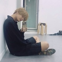 Taehyungie's photo