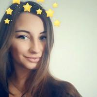 Ava 's photo