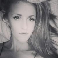 Maddie 's photo