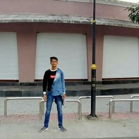 Saket 's photo