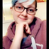 Laura 's photo