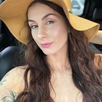Isabel 's photo