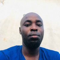 Julius Olusola's photo