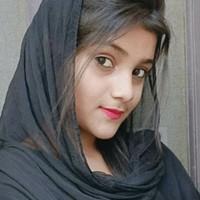 komal Sharma's photo