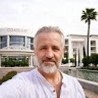 Wayne Robert's photo