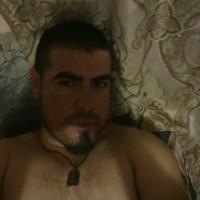 carlos2354's photo