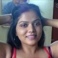 pooja 's photo