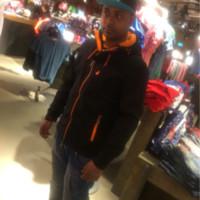 b4bu84's photo