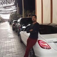 Zee Aziz's photo