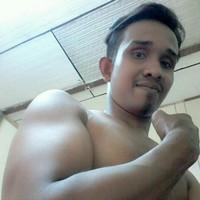 ridha89's photo