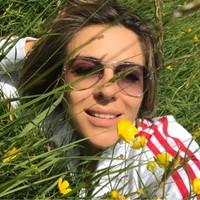 Elizabething 's photo