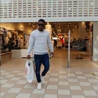 Hassantheone's photo