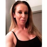 Lynda's photo