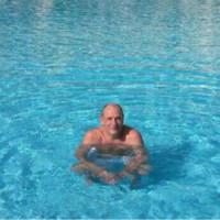 colincav's photo