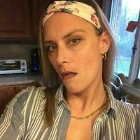 Julie melek 's photo