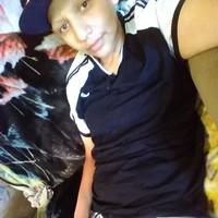 Vee's photo