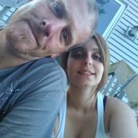 Couplelooking's photo