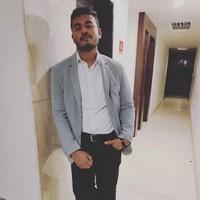 Dhiraj's photo
