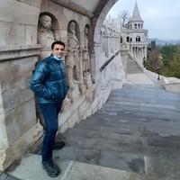 Younes's photo