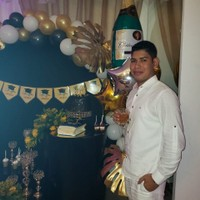 Carlos E's photo