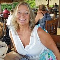 Maui girl's photo