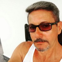 Raymond's photo