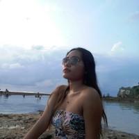 Triana Dewi's photo