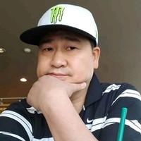 Robert Tan Feng's photo
