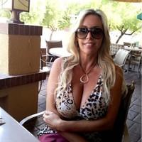 Linda 's photo