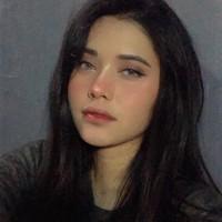 Chloe's photo