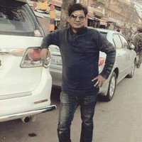 Rajiv 's photo