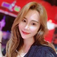 jiangyin's photo